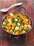 Sweet potatoes,peas and onions cooked in a wok Stock Photo - Premium Royalty-Freenull, Code: 652-05809033
