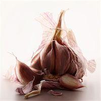 Garlic head Stock Photo - Premium Rights-Managednull, Code: 825-05836306