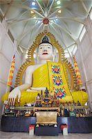 Buddha statue in Sakaya Muni Buddha Gaya Temple (Temple of 1000 Lights), Little India, Singapore, Southeast Asia, Asia Stock Photo - Premium Rights-Managednull, Code: 841-05846480