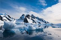 Beautiful snow-capped mountains against the blue sky in Antarctica Stock Photo - Royalty-Freenull, Code: 400-05899636