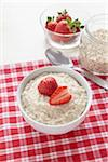 Bowl of Porridge Stock Photo - Premium Royalty-Free, Artist: photo division, Code: 600-05947690