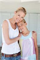 Portrait Of Mother And Daughter Stock Photo - Premium Royalty-Freenull, Code: 6106-05951498
