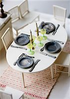 setting kitchen table - Dining table in dollhouse Stock Photo - Premium Royalty-Freenull, Code: 6102-05955944