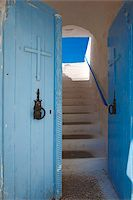 religious cross nobody - Church entrance, Chania, Crete, Greek Islands, Greece, Europe Stock Photo - Premium Rights-Managednull, Code: 841-05961961