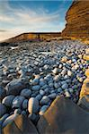 Golden evening sunshine lights up the rocks, Dunraven Bay, Southerndown, Wales, United Kingdom, Europe Stock Photo - Premium Rights-Managed, Artist: Robert Harding Images, Code: 841-05962655