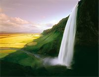 streams scenic nobody - Time lapse view of waterfall over cliff Stock Photo - Premium Royalty-Freenull, Code: 635-05972241