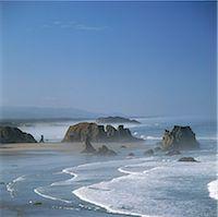 Waves washing up on beach Stock Photo - Premium Royalty-Freenull, Code: 635-05972749