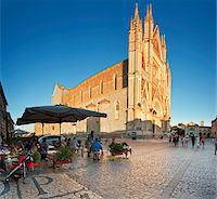 Italy, Umbria, Terni district, Orvieto,  Cathedral in Piazza Duomo. Stock Photo - Premium Rights-Managednull, Code: 862-05998132