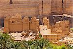 Yemen, Hadhramaut, Wadi Do'an. Traditional buildings at the side of the Wadi. Stock Photo - Premium Rights-Managed, Artist: AWL Images, Code: 862-05999716