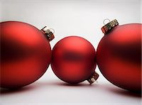 Red Christmas decorations, studio shot Stock Photo - Premium Royalty-Freenull, Code: 614-06002238
