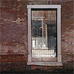 People reflected in broken window, Cannaregio, Venice. Stock Photo - Premium Rights-Managed, Artist: Arcaid, Code: 845-06007938