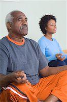 fitness older women gym - Senior Man Meditating in Yoga Class Stock Photo - Premium Royalty-Freenull, Code: 693-06018261