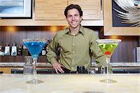 saloon - Bartender Stock Photo - Premium Royalty-Freenull, Code: 693-06021224
