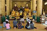 Visitors praying, Shwedagon Pagoda, Yangon (Rangoon), Myanmar (Burma), Asia Stock Photo - Premium Rights-Managed, Artist: Robert Harding Images, Code: 841-06031688