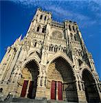 Notre Dame Cathedral, UNESCO World Heritage Site, Amiens, Picardy, France, Europe Stock Photo - Premium Rights-Managed, Artist: Robert Harding Images, Code: 841-06033463