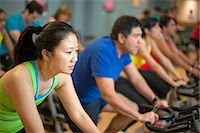 fitness older women gym - People using spin machines in gym Stock Photo - Premium Royalty-Freenull, Code: 649-06041953