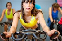 fitness older women gym - People using spin machines in gym Stock Photo - Premium Royalty-Freenull, Code: 649-06041964