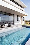 Swimming pool of modern house Stock Photo - Premium Royalty-Freenull, Code: 635-06045409