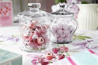 Jars of candies on table Stock Photo - Premium Royalty-Freenull, Code: 649-06112855