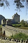 Eilean Donan castle Stock Photo - Royalty-Free, Artist: Digitography                  , Code: 400-06127408