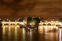 puentes - Nightshot of Paris Stock Photo - Royalty-Freenull, Code: 400-06132841