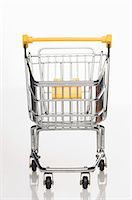 empty shopping cart - A supermarket shopping trolley Stock Photo - Premium Royalty-Freenull, Code: 659-06151392