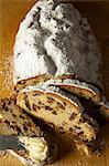 Raisin stollen, sliced, with butter Stock Photo - Premium Royalty-Free, Artist: Photocuisine, Code: 659-06153247