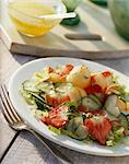 Cucumber salad with melon balls and strawberries Stock Photo - Premium Royalty-Free, Artist: Gianni Siragusa, Code: 659-06155230
