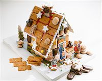 A home-made gingerbread house Stock Photo - Premium Royalty-Freenull, Code: 659-06184249