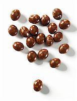Latte macchiato balls Stock Photo - Premium Royalty-Freenull, Code: 659-06184315