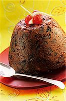 sweet   no people - Plum pudding with candided fruits Stock Photo - Premium Royalty-Freenull, Code: 659-06184838