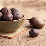 Red potatoes Stock Photo - Premium Royalty-Freenull, Code: 659-06185929