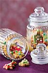 Colorfully decorated Christmas cookies in cookie jars Stock Photo - Premium Royalty-Freenull, Code: 659-06188083