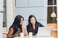 Businesswomen at Cafe Stock Photo - Premium Rights-Managednull, Code: 700-06282106