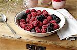 Bowl of berries on table Stock Photo - Premium Royalty-Free, Artist: Cultura RM, Code: 649-06305140