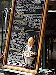 A menu at the entrance of a restaurant (Milan, Italy) Stock Photo - Premium Royalty-Freenull, Code: 659-06307772