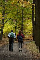 Young couple on walking trail Stock Photo - Premium Royalty-Freenull, Code: 618-06318631