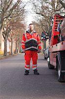 Man preparing car to get towed Stock Photo - Premium Royalty-Freenull, Code: 6102-06336579