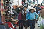 Porter, Chichicastenango Market, Chichicastenango, Guatemala, Central America Stock Photo - Premium Rights-Managed, Artist: Robert Harding Images, Code: 841-06341063