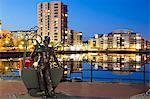 Miner Statue, Cardiff Bay, South Wales, Wales, United Kingdom, Europe Stock Photo - Premium Rights-Managed, Artist: Robert Harding Images, Code: 841-06342044