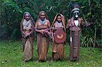 Tribal chief with his wives, Pajo, Highlands, Papua New Guinea, Pacific Stock Photo - Premium Rights-Managed, Artist: Robert Harding Images, Code: 841-06344093
