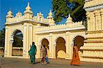 Maharaja's Palace, Mysore, Karnataka, India, Asia Stock Photo - Premium Rights-Managed, Artist: Robert Harding Images, Code: 841-06344657