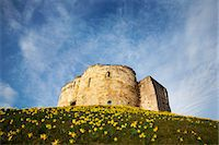 Cliffords Tower, York, Yorkshire, England Stock Photo - Premium Rights-Managednull, Code: 841-06344973