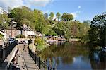 Sitting on the Riverside in spring, Knaresborough, North Yorkshire, England, United Kingdom, Europe Stock Photo - Premium Rights-Managed, Artist: Robert Harding Images, Code: 841-06345011