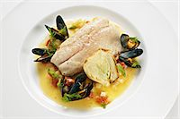 Bass fillet with mussels and fennel Stock Photo - Premium Royalty-Freenull, Code: 659-06372408