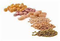 Various legumes and barley Stock Photo - Premium Royalty-Freenull, Code: 659-06373824