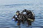 Divers preparing for diving Stock Photo - Premium Royalty-Free, Artist: Science Faction, Code: 6102-06374563