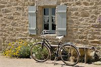Bicycle Parked by Window and Bench Stock Photo - Premium Rights-Managednull, Code: 700-06383061