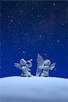 Two angels and stars Stock Photo - Premium Royalty-Freenull, Code: 622-06398377