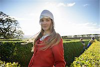 preteen beauty - Student in period dress in hedge maze Stock Photo - Premium Royalty-Freenull, Code: 649-06433149